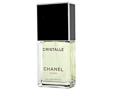 В света на оригиналната парфюмерия – как се създават благоуханните есенции
